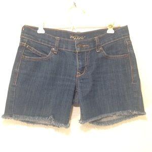size 1 Diva women's navy denim shorts(076)